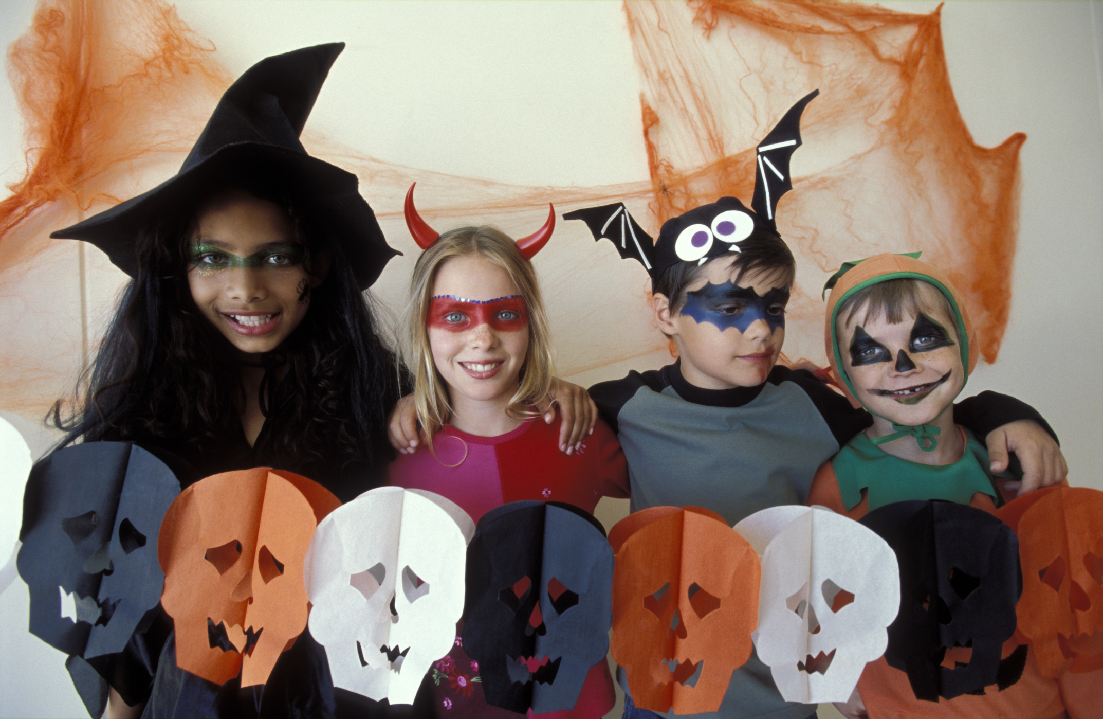 Halloween Kids.Best Kid Friendly Haunted Houses In Cleveland Cbs Cleveland