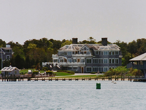 Martha's Vineyard (credit: Randy Yagi)