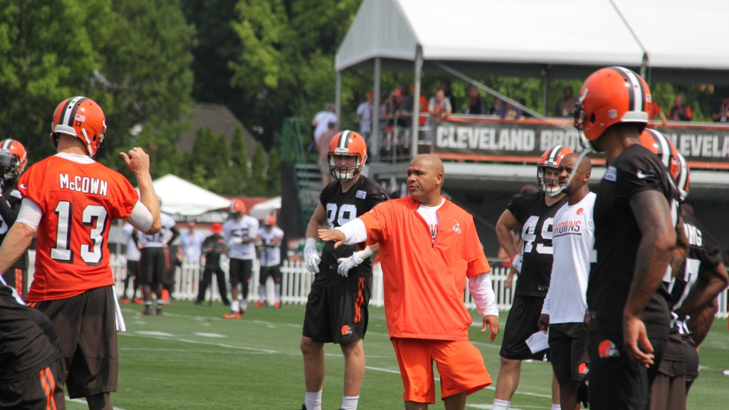 Coach Hue Jackson Determined To Rebuild Bad Browns – CBS